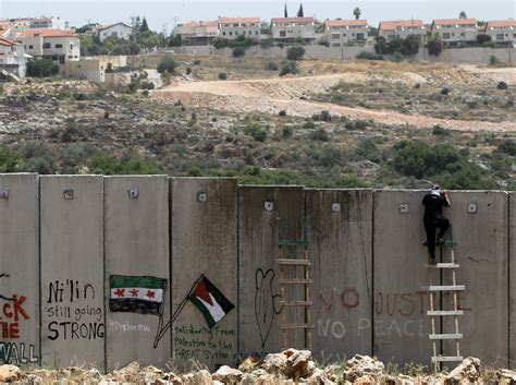 the wall and the gate israel palestine and the battle for human rights books the writer s block majalla magazine