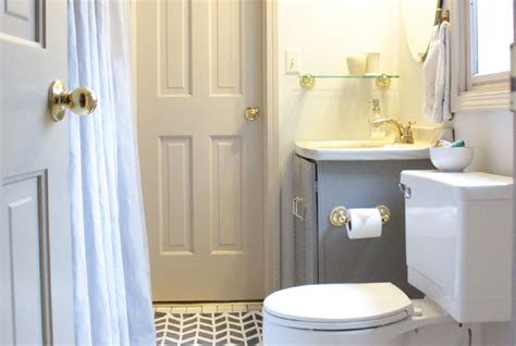 jack jill bathroom take it from the pros view along the way diy curtains