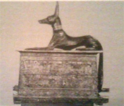 il dio egizio con testa di sciacallo di tutto un po le grandi civilt 192 monumentali la