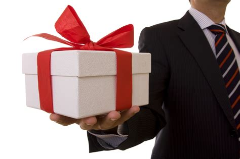 gift for corporate gift giving etiquette mpi ottawa chapter
