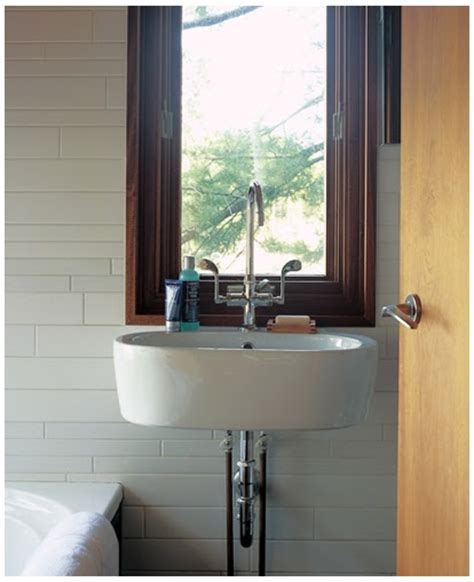 Small Bathroom Designs Pictures 2010 Modern Interiors Small Bathroom Design Ideas