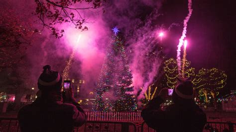 boston tree lighting 2017 the 2017 boston common tree lighting