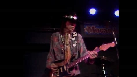 stevie ray vaughan pride  joy el mocambo  hd youtube