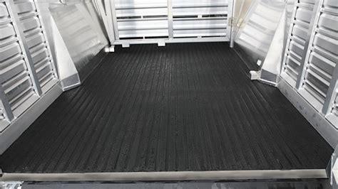 Trailer Floor Mats by Bumper Pull Livestock Trailers 8107 Livestock Trailer