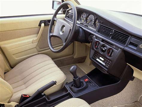 interior mercedes 190 e w201 1982 88