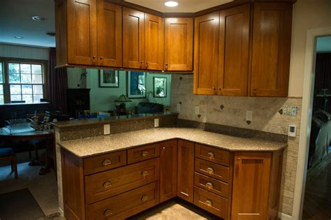 computer kitchen design hickory wood kitchen traditional kitchen other metro