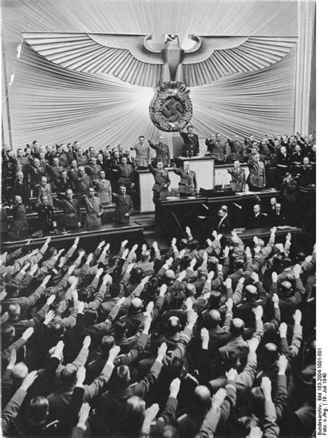 Hitler makes a Peace offer to Britain | World War II Today