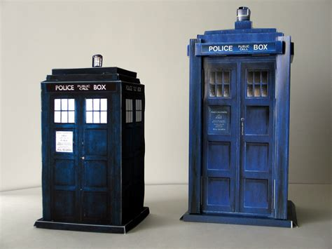 Papercraft Tardis - doctor who tardis console paper crafts