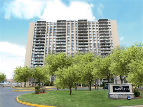mi homes design center easton hff closes sale of nj apartment tower