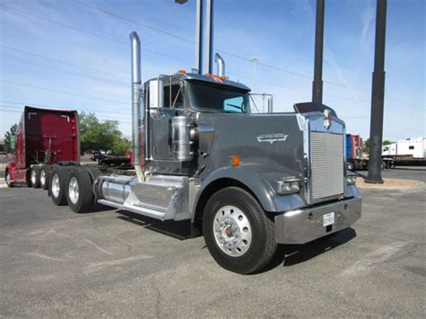 2015 kenworth price 2015 kenworth w900l for sale 18 used trucks from 89 950