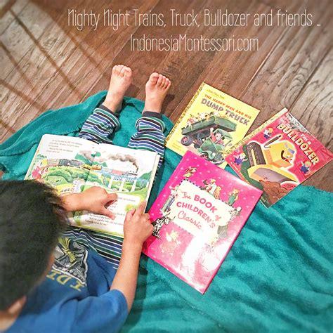 mengenalkan memupuk minat anak  membaca