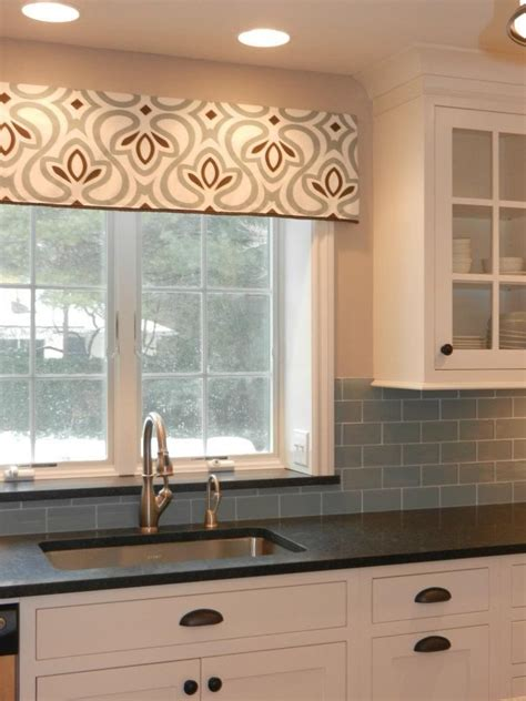 How To Make Kitchen Curtains And Valances 28 Window Valance Ideas For Kitchen Kitchen Window Cornice Ideas Kitchen Window Valances