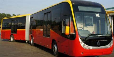 ahok zhong tong busway baru dilengkapi pemadam kebakaran otomatis dan cctv