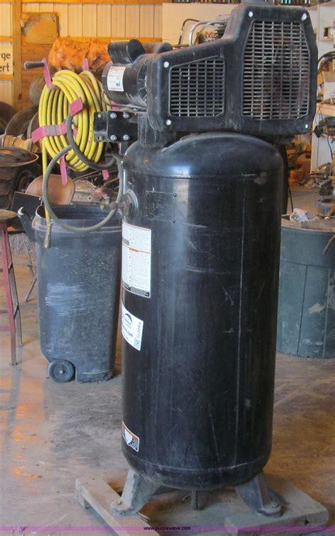 coleman powermate blackmax air compressor item