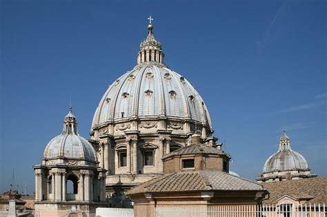 cupola di san pietro roma la basilica di san pietro in vaticano