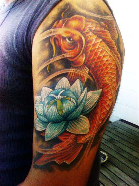 tattoo pez koi en el brazo los mejores tatuajes del pez koi del mundo fotos de tatuajes
