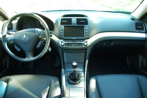 2007 Acura Tsx Interior by In The Autoblog Garage 2007 Acura Tsx Photo Gallery Autoblog