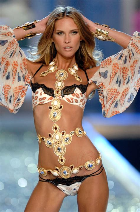 victorias secret models names and faces all of the victorias secret models names and face erin