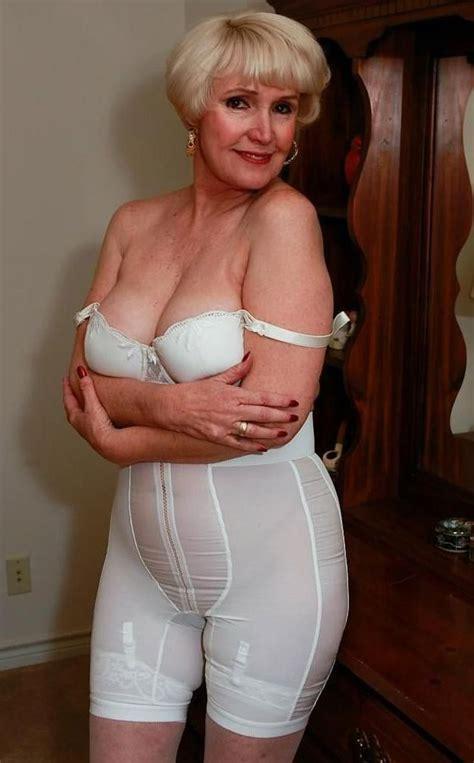 Girdles For Sexy Matures Sex Nude Celeb