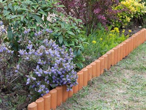 bordi per giardino bordure per aiuole giardinaggio cura aiuola