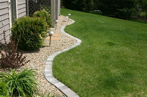 Flower Garden Edging Ideas Best Flower Bed Edging Ideas For Your Home