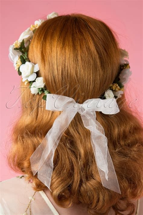how to wear your hair in your 60s 60s be sure to wear flowers in your hair couronne and bracelet