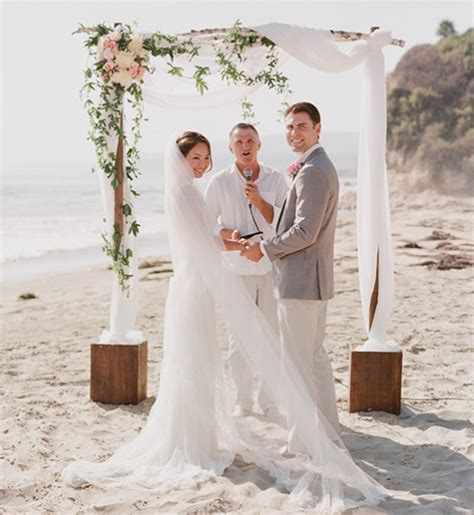 Wedding Arch Cost by Help How Much Does This Wedding Arch Cost Weddingbee