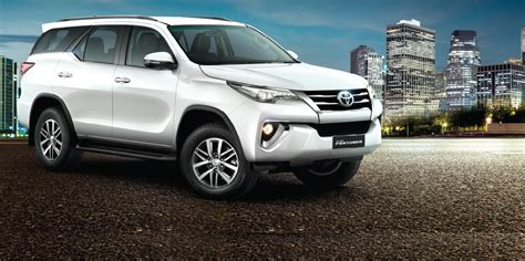 Toyota Fortuner Price In India 2016 Toyota Fortuner Launched In India At Rs 25 92 Lakh