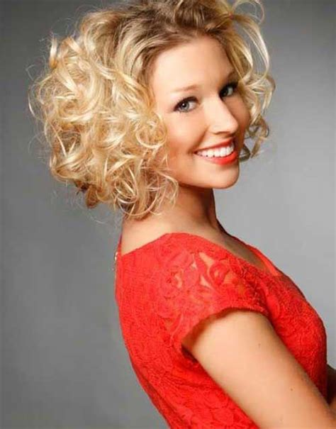 simple hairstyles for curly hair video 15 easy hairstyles for short curly hair short hairstyles