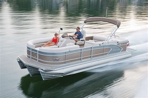 best pontoon boats to buy 25 best ideas about best pontoon boats on pinterest