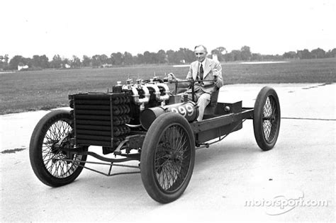 Many years after 999 last raced, Henry Ford posed with the