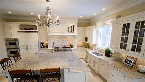 venetian gold granite with white cabinets granite new venetian gold kitchen 2 0 pinterest