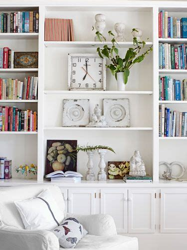 living room with bookcases ideas 25 best ideas about decorating a bookcase on