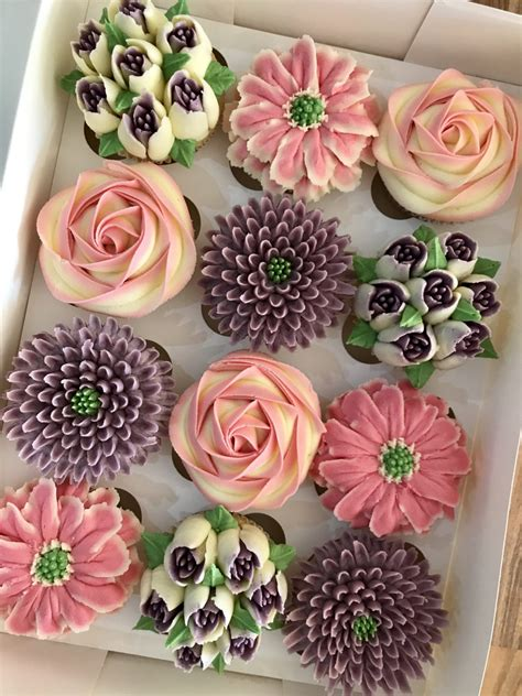 kerrys bouqcakes gallery boxed floral cupcakes