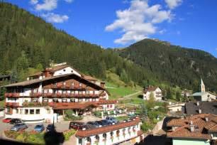 hotel giardino delle canazei hotel cesa tyrol dolomiti booking