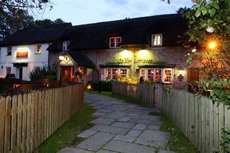golden retriever pub menu the golden retriever bracknell bookatable
