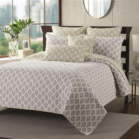 quilted bed sets coras cathedral garden cotton quilt set