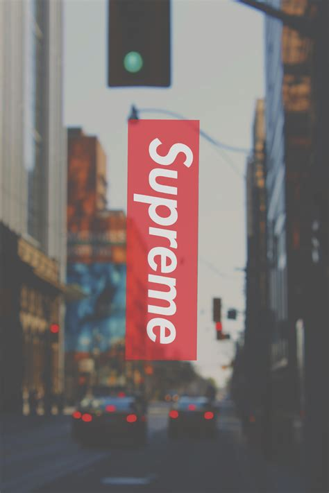 wallpaper iphone hypebeast supreme x streets pinteres