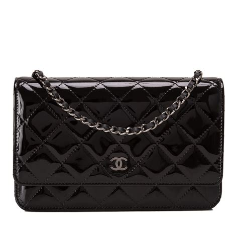 Sale Tas Wanita Lv Classic Woc chanel black classic quilted patent wallet on chain woc world s best