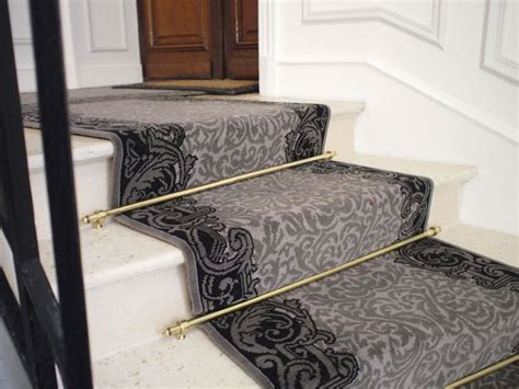 poser un tapis d escalier atlub