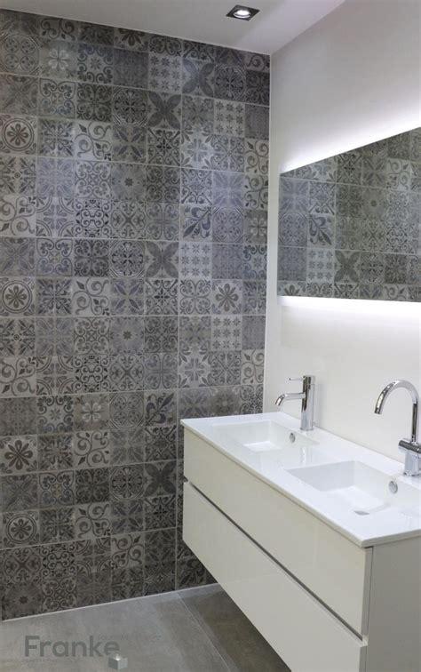 feinsteinzeug badezimmer fliesen die besten 17 ideen zu betonoptik auf