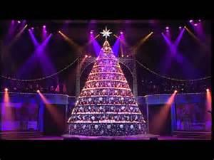 shine down 2012 bellevue singing christmas tree youtube