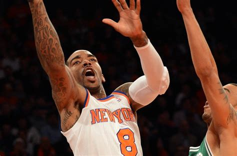 Will Smith To Invest In Basketball Team by Smith S Knee Surgery Does Not The Knicks Who Are