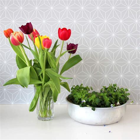 tulpen im glas dekorieren im fr 252 hling tulpen und kuchenform