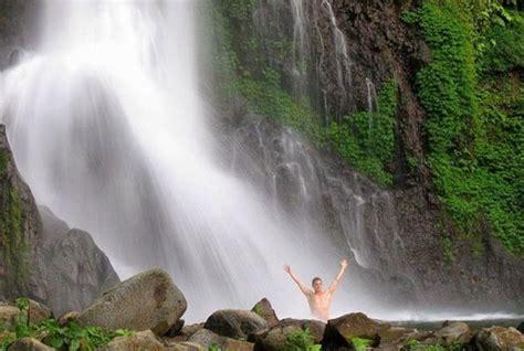 magical waterfalls  bali    traveltourxpcom