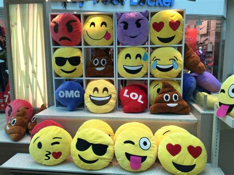Sassyblu Bantal Sofa You To The Moon And Back Q3 emoji pillows emoji pillows