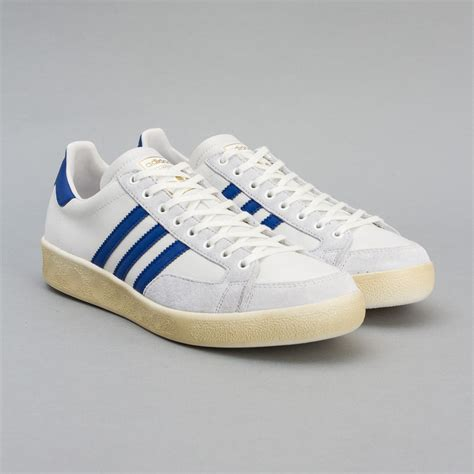popular shoes most popular adidas shoes of all time sojones