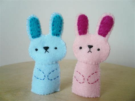 Handmade Puppet - handmade finger puppets pink bunny and blue bunny on luulla