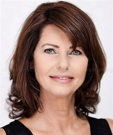 above shoulder length hairstyles mid length hairstyles for women over 50 short hairstyle 2013