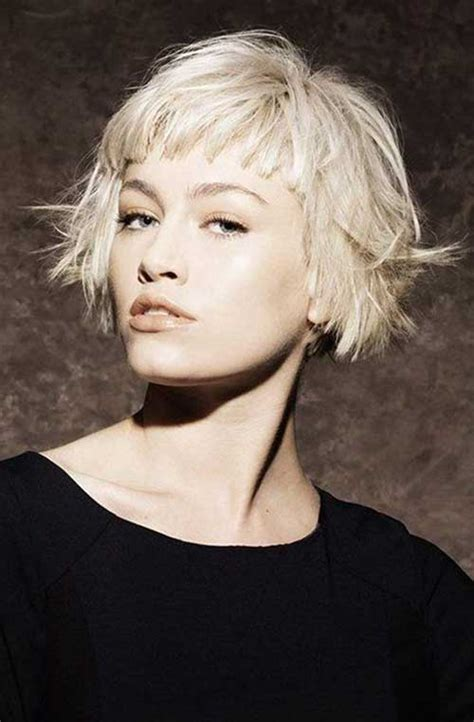 how to style bangs if too short razor cut bob hair cuts with bangs hairstylegalleries com